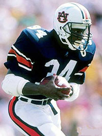 On his 23rd birthday, Bo Jackson pounded UA for 142 yards and two touchdowns.  He finished his career as the series' all-time leading scorer and rusher, with 38 total points and 630 total yards (157.5 yds/game) in four Iron Bowl contests.